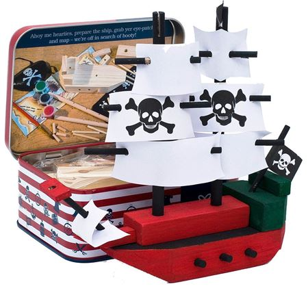Picture of Pirate Ship in a Tin